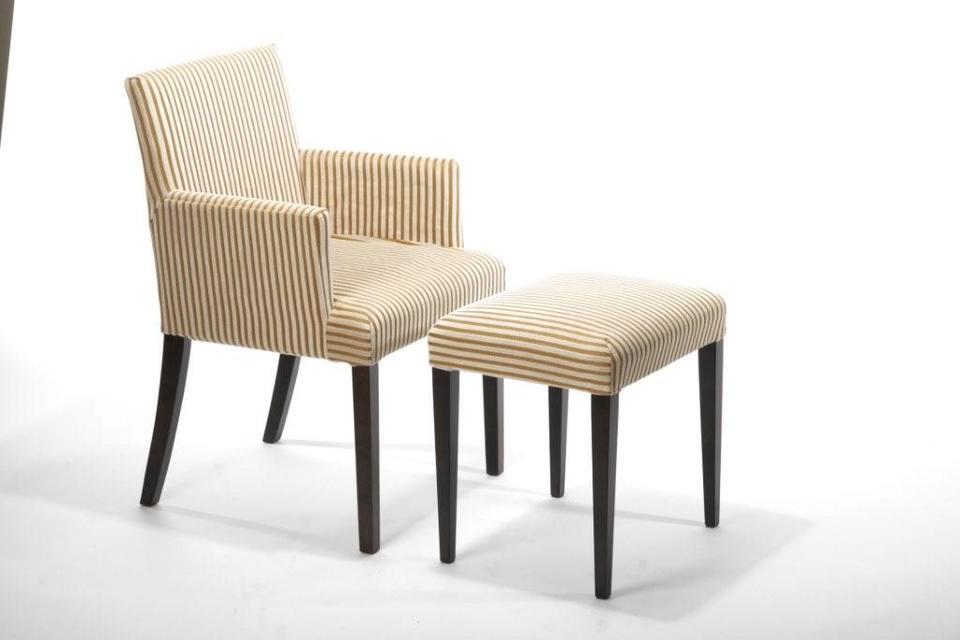 Møbelprodusent søker designere