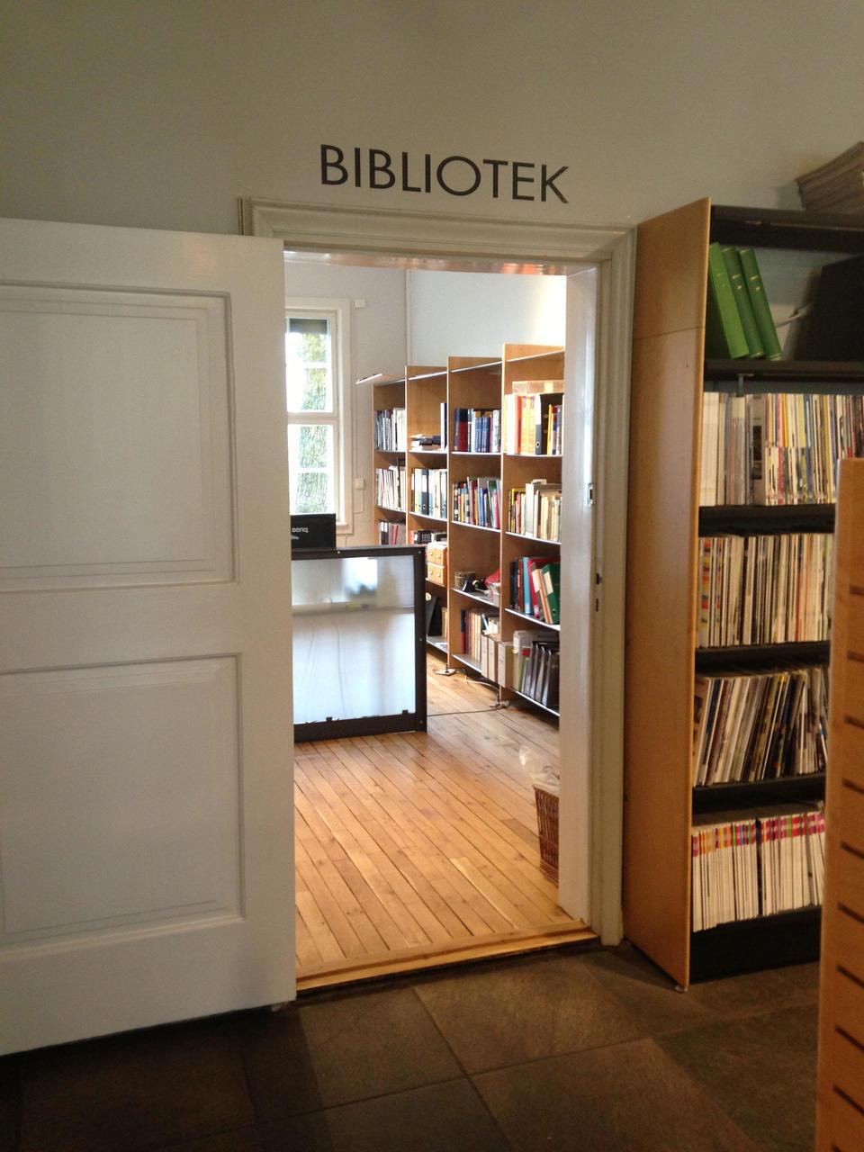 NAL-biblioteket til tjeneste!